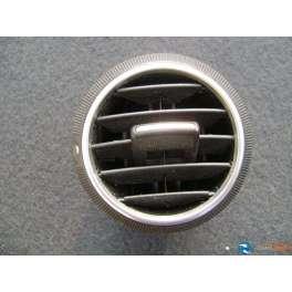 grille aerateur aeration ventilation tableau de bord audi a3 8 p. Black Bedroom Furniture Sets. Home Design Ideas