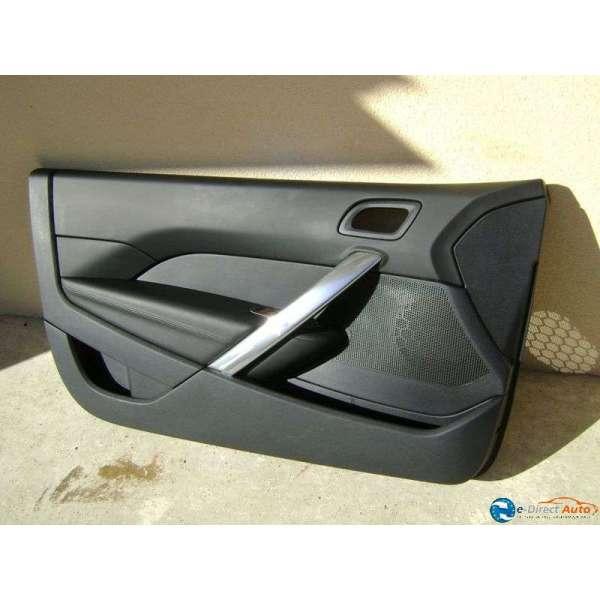 Panneau interieur de porte avant cuir noir peugeot 308 cc for Porte interieur noir