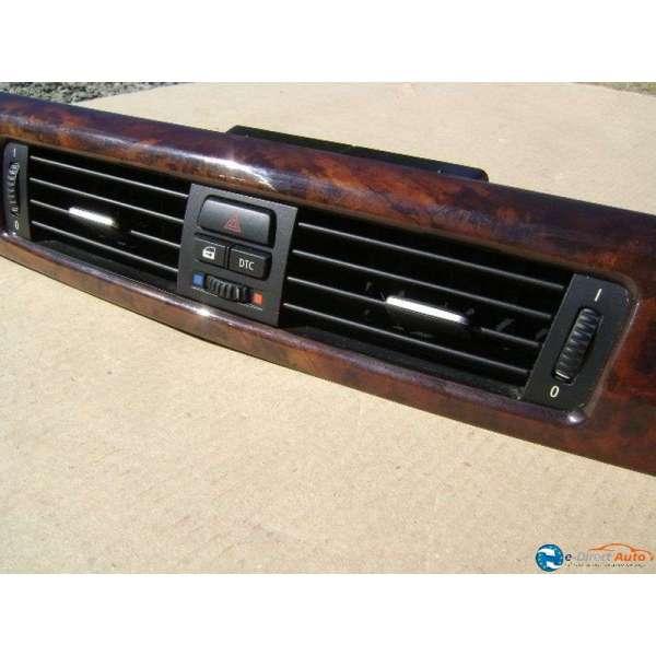 grille centrale aeration ventilation bouton feu de detresse warning bmw e90 e 90. Black Bedroom Furniture Sets. Home Design Ideas