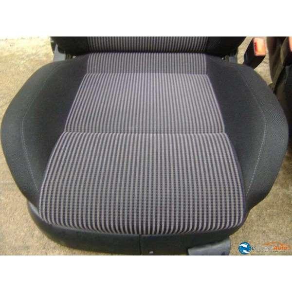siege avant sport bacquet volkswagen golf 4 version 5 portes. Black Bedroom Furniture Sets. Home Design Ideas