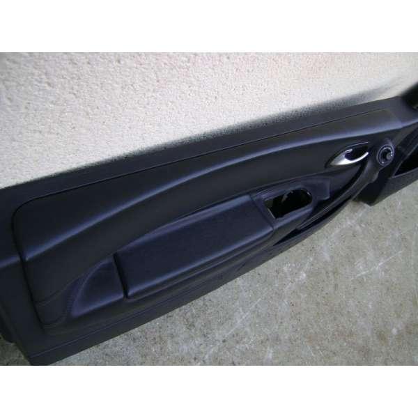panneaux de portes interieur cuir noir renault megane 2 version 3 portes. Black Bedroom Furniture Sets. Home Design Ideas