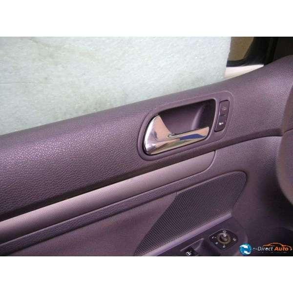 poign e commande ouverture de porte interieur volkswagen golf 5 version 5 portes. Black Bedroom Furniture Sets. Home Design Ideas